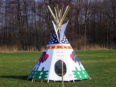 We produce many kind of painted Indian Tee-pee tents.  Look at whole our tents offer on site http://www.bizon-stany.cz :)