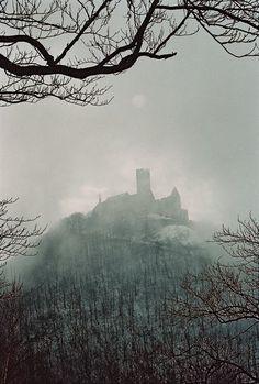 Czech Republic - Hrad Bezděz (Bezděz Castle) in the mist - by Zdeněk Halř  #castle