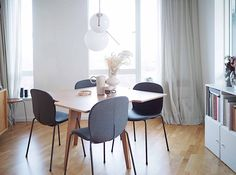 A company that has come to my attention is Flokk, a family of brands that all have long traditions within furniture design. Interior Stylist, Interior Design, Human Centered Design, Dining Chairs, Dining Table, Contemporary Classic, Sustainable Design, Danish Design, Solid Oak