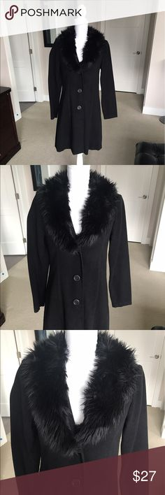 Forever 21 Faux Fur Collared Coat Forever 21 Faux Fur Collared Coat Forever 21 Jackets & Coats Pea Coats