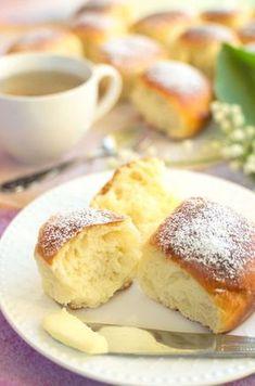 Puszyste bułeczki na jogurcie owocowym Sweet Recipes, Cake Recipes, Bread And Pastries, Polish Recipes, How Sweet Eats, Cake Cookies, Nutella, Breakfast Recipes, Bakery
