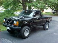 1991 Ford Ranger XLT. I have had three Rangers in the past. ( One black, one maroon, and one other)