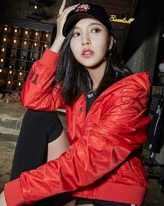 Mina (Twice)
