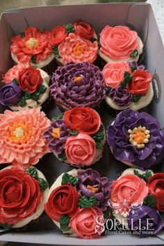 16 Birthday Cake, 16th Birthday, Cupcakes, Floral Cake, Cakes And More, Cake Decorating, Decorating Ideas, Frosting, Tea Party