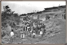 Arafo - Procesión de San Juanito- año 1967  #canariasantigua #blancoynegro #fotosdelpasado #fotosdelrecuerdo #recuerdosdelpasado #fotosdecanariasantigua #islascanarias #tenerifesenderos