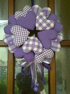 Country heart wreath in lavender. Valentine Day Wreaths, Valentine Decorations, Valentine Crafts, Holiday Crafts, Christmas Wreaths, Fabric Wreath, Diy Wreath, Burlap Wreath, Diy And Crafts
