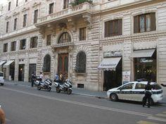 Residenza Zanardelli Via Giuseppe Zanardelli, 7, 00186 Rome, Italy 011 39 06 6821 1392 http://www.residenzazanardelli.com/