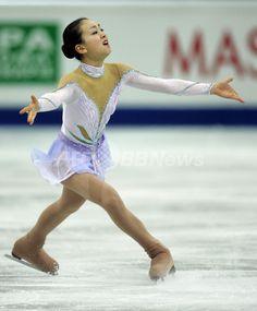 浅田真央 08世界選手権・女子シングルSPで2位につける 国際ニュース:AFPBB News