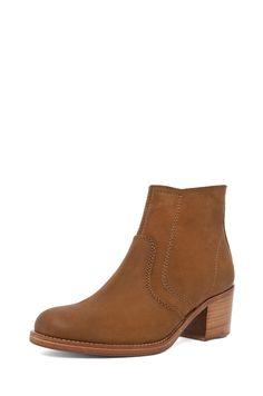 b06d8435b88 A.p.c. Camarguaise Boot in Caramel in Brown (caramel)
