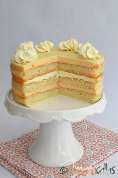 OPERA layer cake (with apricots & white chocolate)! Romanian Desserts, Creme Caramel, White Chocolate, Vanilla Cake, Sweet Recipes, Sweet Treats, Ice Cream, Yummy Food, Sweets