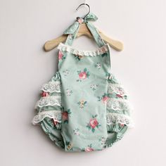 Villa & Londyn Vintage Inspired Bubble Romper with Beautiful Lace Ruffles 3-6 months