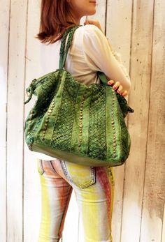 """Handmade woven leather bag """"INTRECCIATO 20"""" di LaSellerieLimited su Etsy"""