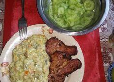 Meniu: (pastă de ouă, ciorbă de gulii, mazăre cu costiță, prăjitură Maria) Guacamole, Editorial, Mexican, Chicken, Meat, Ethnic Recipes, Mexicans, Buffalo Chicken, Cubs
