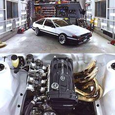 Nice garage, and motor! Toyota Cars, Toyota Supra, Toyota Celica, Toyota 86, Supercars, Import Cars, Japan Cars, Toyota Corolla, Corolla Ae86
