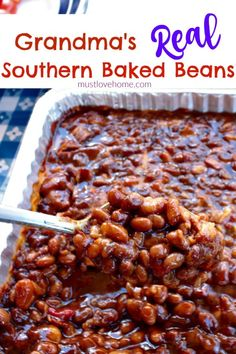 Grandma's Real Southern Baked Beans is down home southern cooking at it's best - made with ingredients like bacon, roasted red pepper, molasses, brown sugar, and cider vinegar - this recipe will stay at the top of your list of favorites! They are even bet Side Recipes, Vegetable Recipes, Healthy Recipes, Healthy Food, Dinner Recipes, Thai Recipes, Mexican Food Recipes, Italian Recipes, Dinner Ideas