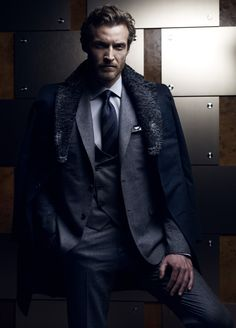Brioni f/w 2012-13    Someone find me that man.