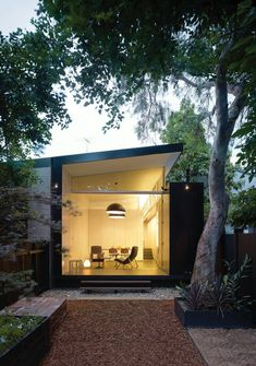 Love the glass and roof line