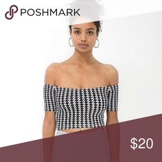 👀American Apparel Houndstooth Crop Top👀 Love this crop top super cute, stylish and trendy! NWT! PRICE IS NOT FIRM OFFERS ACCEPTED UPON REQUEST...😊 Measurements: Armpit to Armpit: 12 Length:10 This listing is BRAND NEW WITH TAGS! Material: 95% Cotton 5% Elastane American Apparel Tops Crop Tops