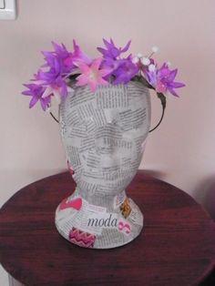 corona de flores lila, Complementos, Diademas, Complementos, Tocados, Bisutería, Pelo puedes comprarla en www.artesanio.com/macalar www.facebook.com/Dmacalar
