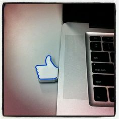 4GB Facebook USB Stick. Like!