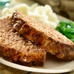 Slow-Cooked Souperior Meatloaf: Easy to make, perfect for cold winter nights.  #meatloaf #slowcooker #easymeals