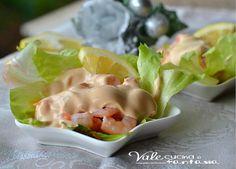 Cocktail di gamberetti ricetta facile e veloce un antipasto veloce e sfizioso ideale per occasioni speciali, oppure un aperitivo fresco e feste natalizie