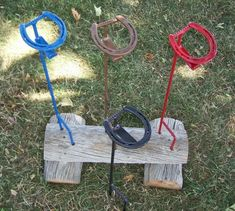 Drink holders made from Horse shoes