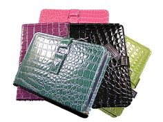 Faux Alligator Journal  Price$14.00  Available at: http://myprettyoffice.com/products/64-faux-alligator-journal.aspx