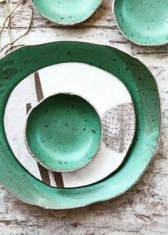 The very talented Susan of Susan Simonini Ceramics on Etsy creates exactly the style of beautiful, rustic tableware that I dream of filling my house with. Pottery Plates, Slab Pottery, Ceramic Pottery, Thrown Pottery, Ceramic Tableware, Ceramic Clay, Ceramic Bowls, Kitchenware, Pottery Designs