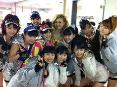 Morning Musume with Yoshizawa Hitomi (Where's my Reinaaaa?? =3=)
