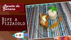 Ingredientes: 1 ½ xicará de molho de tomate      1 xícara de água      1 colher de chá de sal      300g de coxão mole      200g de mozzarella      2 colheres de azeite de oliva      1 colher de salsinha picada