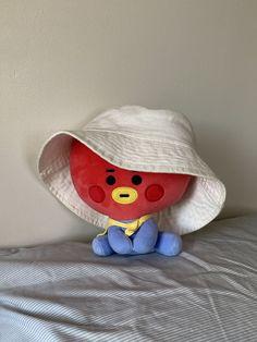 Cartoon Wallpaper, Bts Wallpaper, Army Room Decor, V Chibi, Kawaii Plush, Cute Stuffed Animals, Korean Aesthetic, Kpop Merch, Cute Dolls