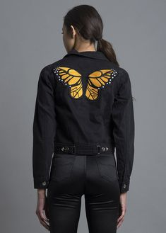 Spread those wings! Rock this super cute jacket with our Ivory Dogtown Dress! - Embroidered butterfly in the front and back - Charcoal colored denim - 100% cotton - Model is wearing a size S Returns a