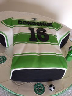 Celtic FC Shirt Cake.... 3 layers of moist vanilla sponge with sandwiched with strawberry jam and creamy vanilla buttercream cream