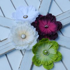 Check out this item in my Etsy shop https://www.etsy.com/listing/477910701/antiqued-peony-hair-clips