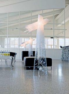 Snow pastatomas šviestuvas. Dizainas Louise Campbell