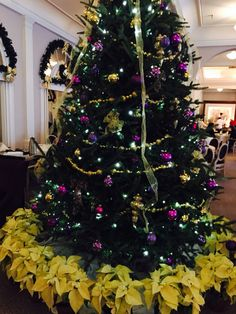Main Dining Room Tree