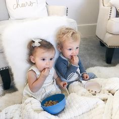 They always make sure that the other one has their blankie.and sometimes steal each other's binkies. All is fair, they say via Boy Girl Twins, Twin Girls, Twin Babies, Little Babies, Baby Kids, Newborn Twins, Baby Baby, Cute Twins, Cute Babies