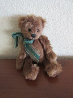 1998 Ganz Cottage Collectibles Small Teddy Bear Wally Fully Jointed Mary Holstad