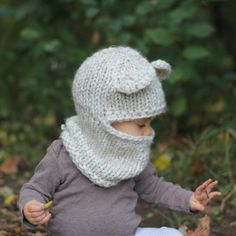 Knitting Pattern With Crochet Detailing - Diy Crafts Vogue Knitting, Knitting Books, Knitted Baby Clothes, Knitted Hats, Kids Bear Costume, Baby Knitting Patterns, Crochet Patterns, Crochet Baby, Knit Crochet