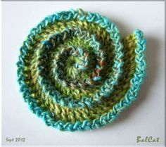 #Crochet #Tutorial - How to crochet a double spiral. In French with photos.