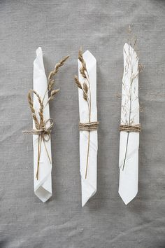 Planning and Designing Wedding Decorations For an Outdoor Wedding - Vera's Wedding Help Boho Wedding, Rustic Wedding, Dream Wedding, Wedding Day, Wedding Napkins, Wedding Table, Wedding Ceremony, Wedding Decorations, Table Decorations