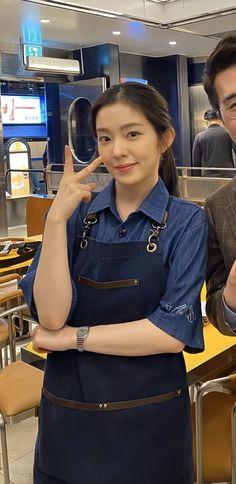 Irene Kim, Architecture Design, Korea Boy, Angelababy, Pretty Females, Red Velvet Irene, Beautiful Gorgeous, Seulgi, Celebrity Gossip