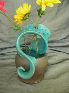 Ceramic Wild Flower Vase in Turquoise and Black Mountain