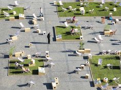 """TARG WĘGLOWY 2013 / temporal public space installation / top view /  The arrangement consists natural grass areas which create """"rooms"""" and gather people together in their own cosy spaces / fot. W. Ostrowski"""
