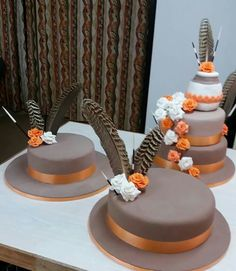 African traditional wedding cake, made by Colleen de Wet.