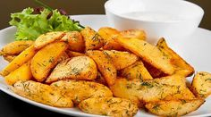 Discover top-rated healthy meal recipes from SkinnyMs. Browse hundreds of healthy breakfast, lunch & dinner recipes that are easy, quick & delicious! Herbed Potatoes, Herb Roasted Potatoes, Rosemary Potatoes, Healthy Side Dishes, Healthy Snacks, Healthy Eating, Healthy Cooking, Roasted Potato Wedges, Potatoe Wedges In Oven