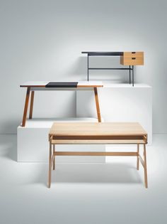 Modern workspace desks, Dwell review on 6 desks