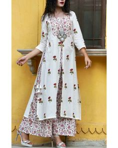 Buy The Secret Label White Cotton Kamalkari Printed Front slit Anarkali Kurta online in India at best price.ature inspired block printed tunic paired with kalamkari print palazzos. Wear it with ethnic silver jewellery Kurta Designs Women, Kurti Neck Designs, Kurti Patterns, Dress Patterns, Sewing Patterns, Indian Attire, Indian Wear, Indian Dresses, Indian Outfits
