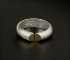 Split Ring In Silver and Gold, Mayza João